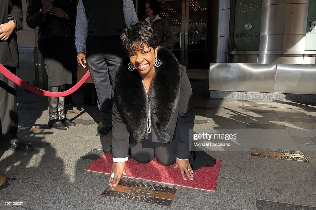 Gladys Knight Visits The Apollo Theater - November 24, 2010