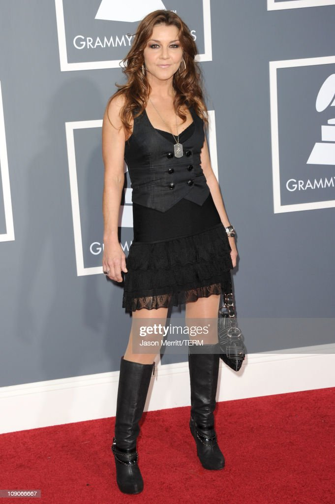 Singer Gretchen Wilson arrives at The 53rd Annual GRAMMY Awards held at Staples Center on February 13, 2011 in Los Angeles, California.
