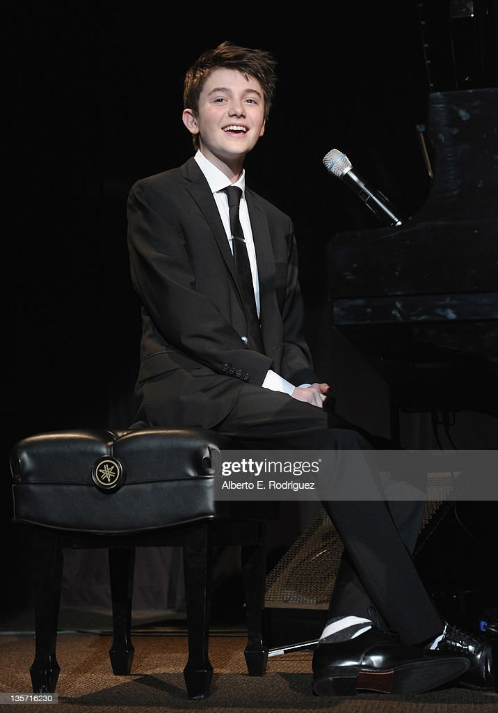 Singer <a gi-track='captionPersonalityLinkClicked' href=/galleries/search?phrase=Greyson+Chance&family=editorial&specificpeople=7069192 ng-click='$event.stopPropagation()'>Greyson Chance</a> performs at The ACLU of Southern California's 2011 Bill of Rights Dinner at the Beverly Wilshire Four Seasons Hotel on December 12, 2011 in Beverly Hills, California.