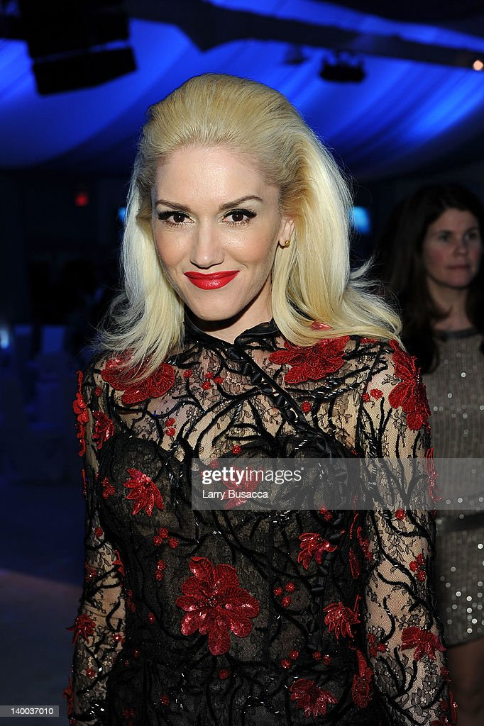 Singer <a gi-track='captionPersonalityLinkClicked' href=/galleries/search?phrase=Gwen+Stefani&family=editorial&specificpeople=156423 ng-click='$event.stopPropagation()'>Gwen Stefani</a> attends the 20th Annual Elton John AIDS Foundation Academy Awards Viewing Party at The City of West Hollywood Park on February 26, 2012 in Beverly Hills, California.