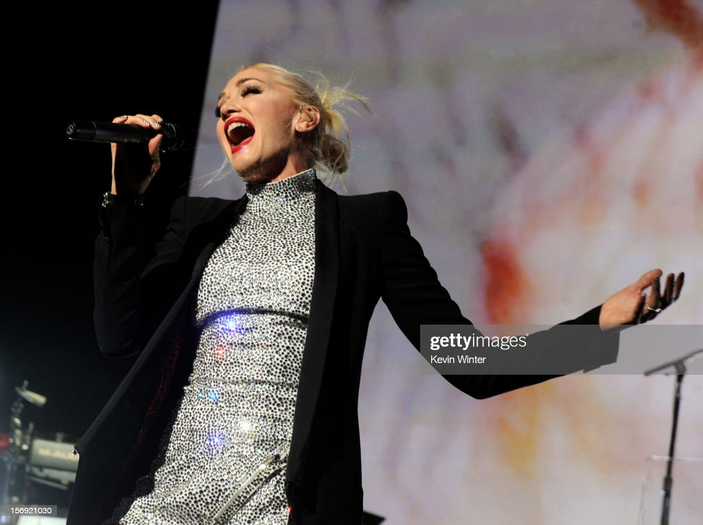 Singer <a gi-track='captionPersonalityLinkClicked' href=/galleries/search?phrase=Gwen+Stefani&family=editorial&specificpeople=156423 ng-click='$event.stopPropagation()'>Gwen Stefani</a> of No Doubt performs at Gibson Amphitheatre on November 24, 2012 in Universal City, California.