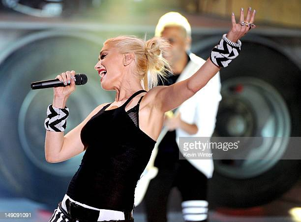 Singer Gwen Stefani of 'No Doubt' performs onstage during the 2012 Teen Choice Awards at Gibson Amphitheatre on July 22 2012 in Universal City...