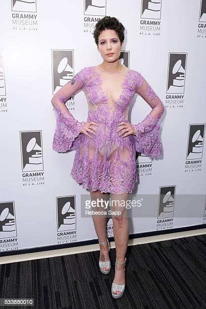 歌手 ホールジー ストックフォトと画像 Getty Images