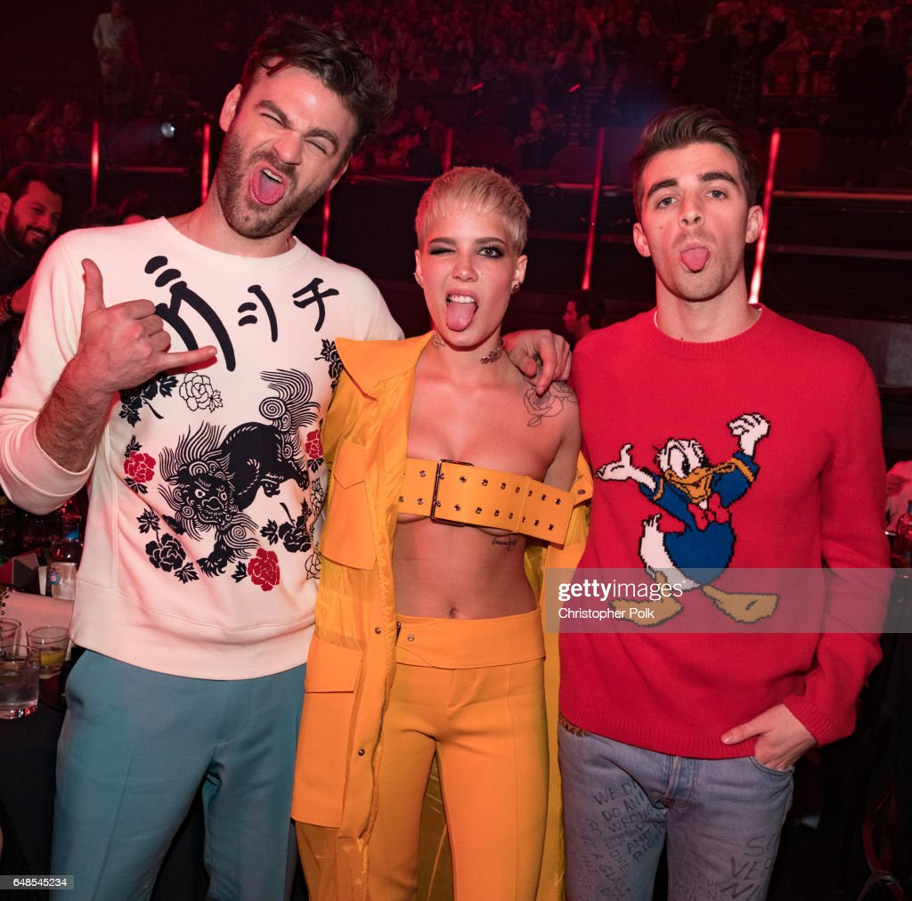 Singer Halsey (C) poses with recording artists Alex Pall (L) and Andrew Taggart (R) of music group The Chainsmokers during the 2017 iHeartRadio Music Awards which broadcast live on Turner's TBS, TNT, and truTV at The Forum on March 5, 2017 in Inglewood, California.