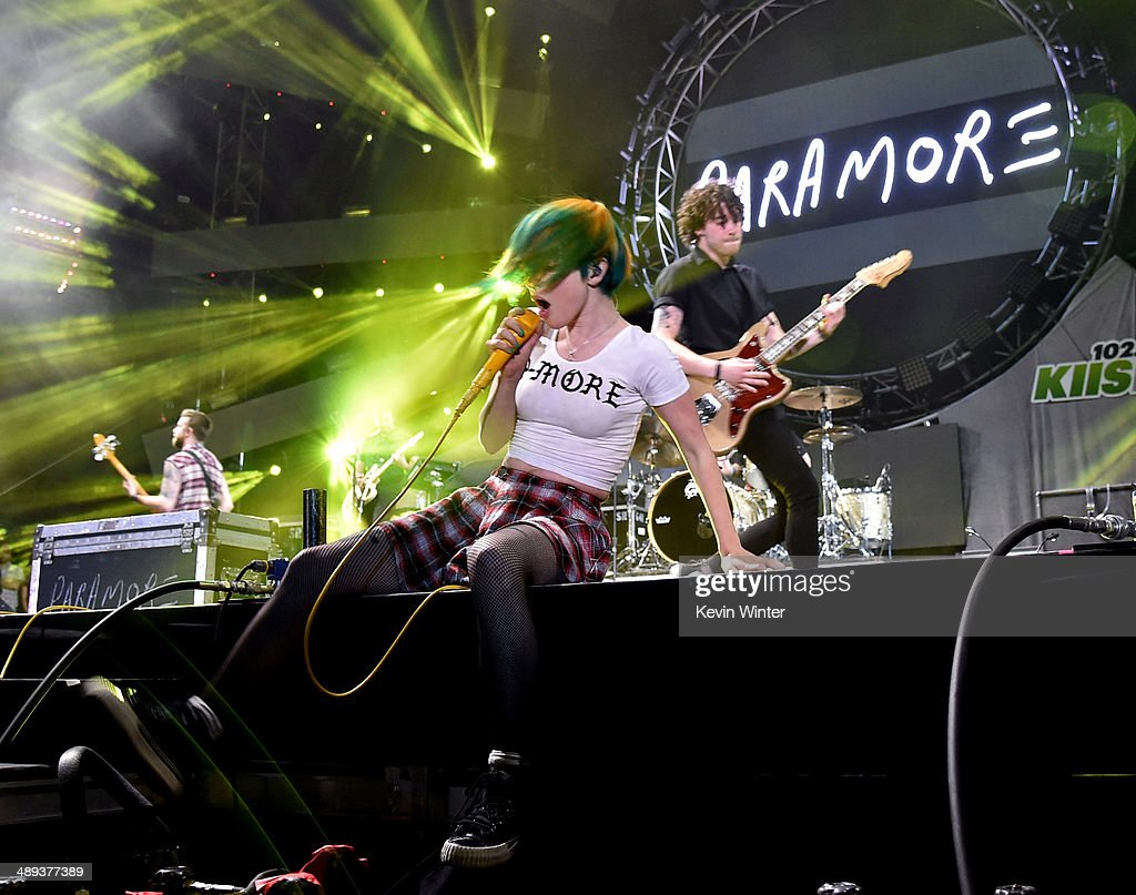 Singer <a gi-track='captionPersonalityLinkClicked' href=/galleries/search?phrase=Hayley+Williams&family=editorial&specificpeople=4383581 ng-click='$event.stopPropagation()'>Hayley Williams</a> of Paramore performs onstage during 102.7 KIIS FM's 2014 Wango Tango at StubHub Center on May 10, 2014 in Los Angeles, California.