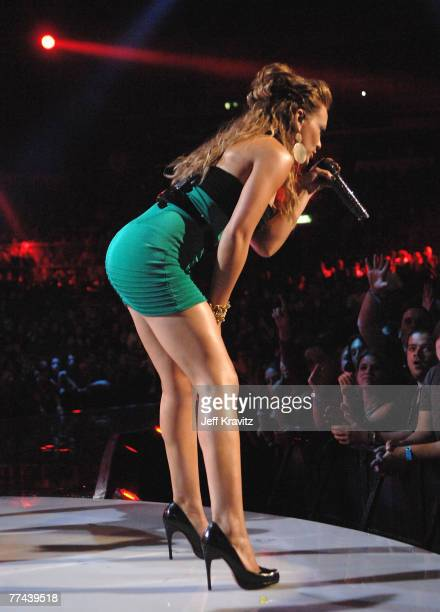 Singer Hilary Duff onstage at the Los Premios MTV Latin America 2007 at the Palacio de los Deportes on October 18 2007 in Mexico City Mexico
