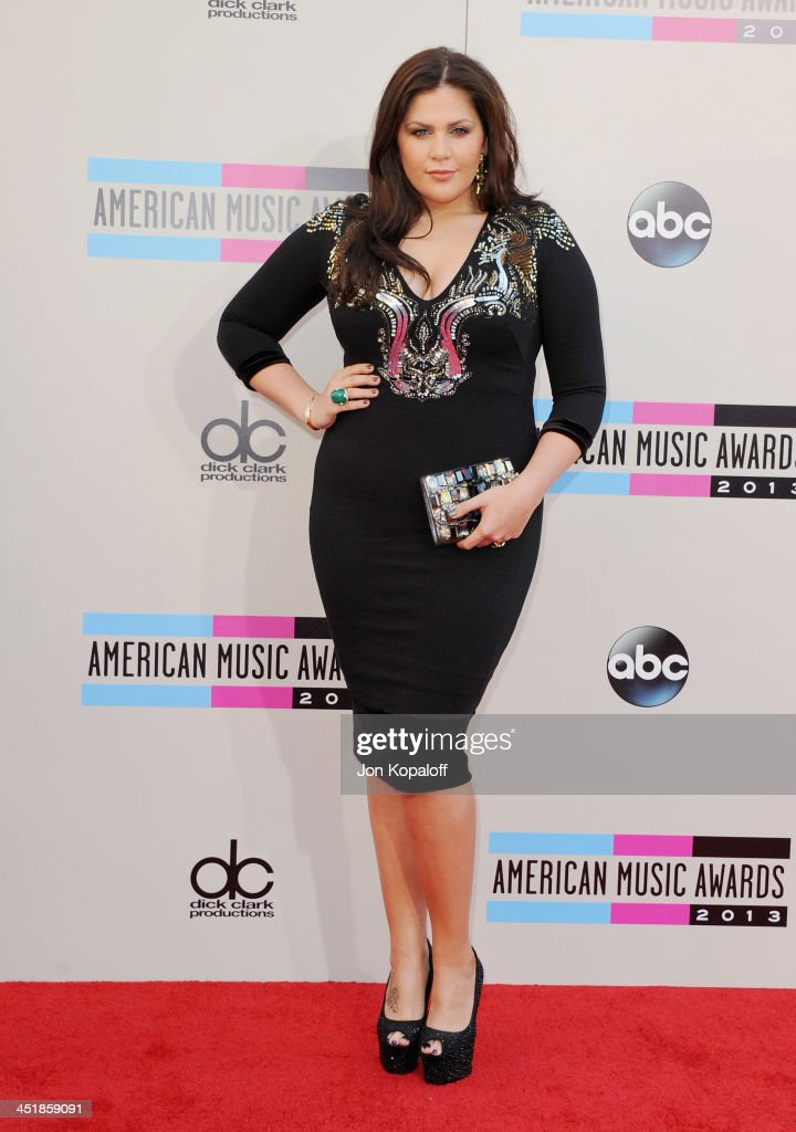 Singer Hillary Scott of Lady Antebellum arrives at the 2013 American Music Awards at Nokia Theatre L.A. Live on November 24, 2013 in Los Angeles, California.