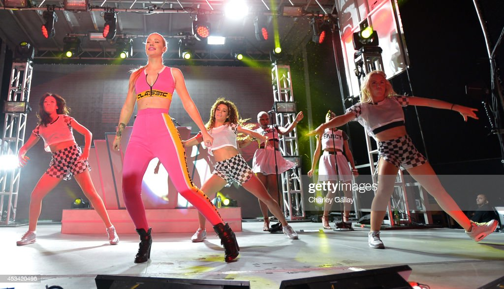 Singer <a gi-track='captionPersonalityLinkClicked' href=/galleries/search?phrase=Iggy+Azalea&family=editorial&specificpeople=8558263 ng-click='$event.stopPropagation()'>Iggy Azalea</a> performs onstage during Pandora Presents on the Santa Monica Pier on August 9, 2014 in Santa Monica, California.