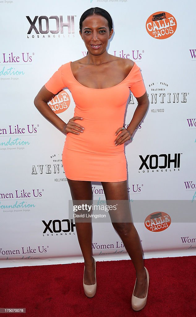Singer Ilhame Paris attends the One Girl At A Time fundraiser at Aventine Hollywood on July 30, 2013 in Hollywood, California.