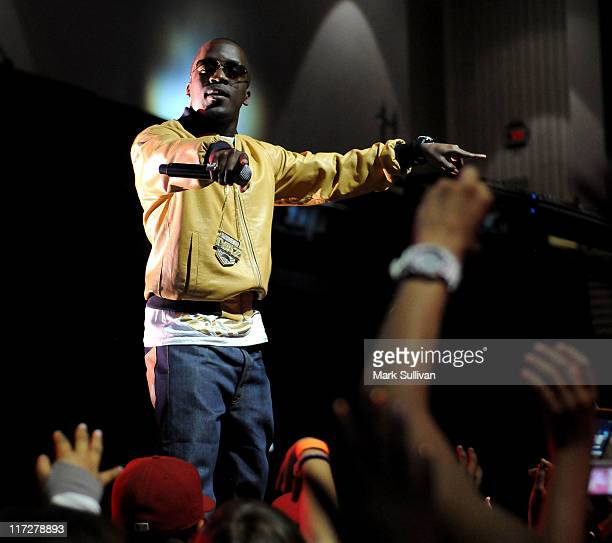 Singer Iyaz performs at the Ball Up Championship Game at Cal State Northridge on June 24 2011 in Northridge California