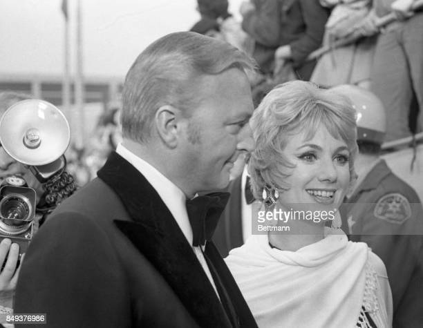 Singer Jack Cassidy and his wife Shirley Jones arrive at the 43rd Annual Academy Awards