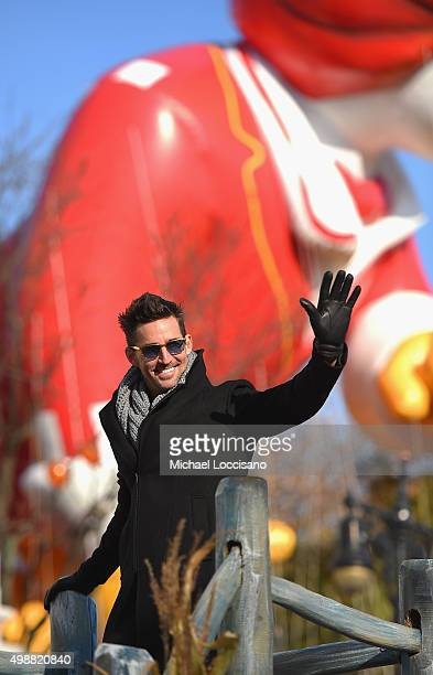 Singer Jake Owen rides a float through the parade route during the 89th Annual Macy's Thanksgiving Day Parade on November 26 2015 in New York City A...