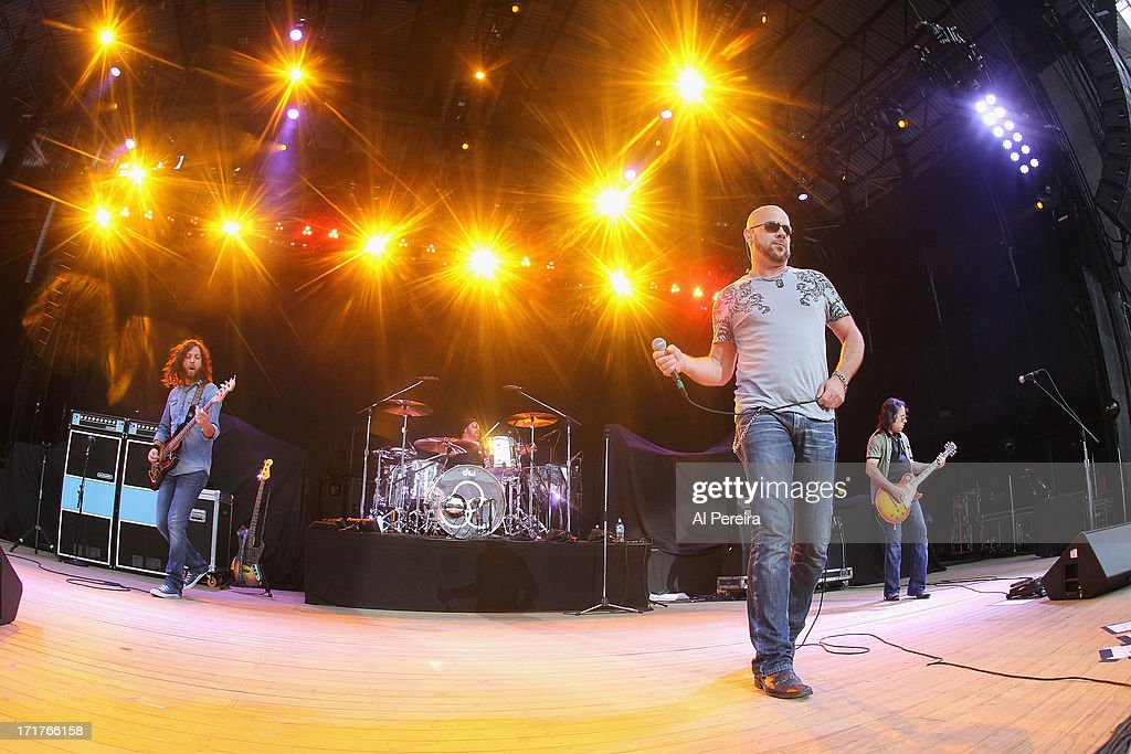 Singer James Dylan and Jason Bonham's Led Zeppelin Experience perform during the Heartbreaker Tour at Nikon at Jones Beach Theater on June 27, 2013 in Wantagh, New York.