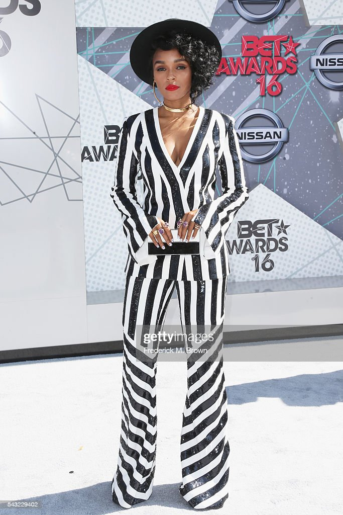 Singer <a gi-track='captionPersonalityLinkClicked' href=/galleries/search?phrase=Janelle+Monae&family=editorial&specificpeople=715847 ng-click='$event.stopPropagation()'>Janelle Monae</a> attends the 2016 BET Awards at the Microsoft Theater on June 26, 2016 in Los Angeles, California.