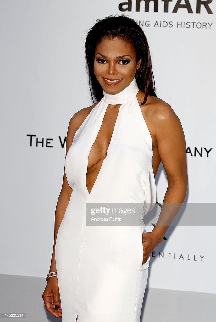 Singer <a gi-track='captionPersonalityLinkClicked' href=/galleries/search?phrase=Janet+Jackson&family=editorial&specificpeople=156414 ng-click='$event.stopPropagation()'>Janet Jackson</a> arrives at the 2012 amfAR's Cinema Against AIDS during the 65th Annual Cannes Film Festival at Hotel Du Cap on May 24, 2012 in Cap D'Antibes, France.