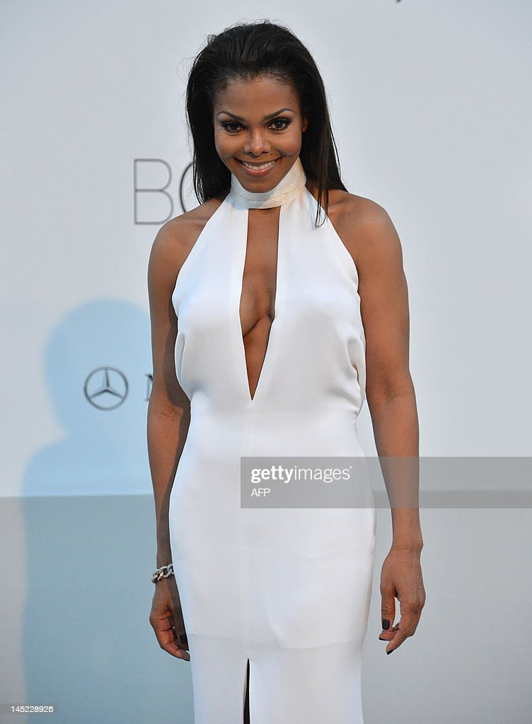 US singer Janet Jackson poses as she arrives to attend the 2012 amfAR's Cinema Against Aids on May 24, 2012 in Antibes, southeastern France. AFP PHOTO / ALBERTO PIZZOLI