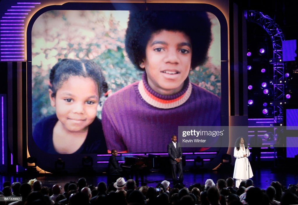 Singer <a gi-track='captionPersonalityLinkClicked' href=/galleries/search?phrase=Janet+Jackson&family=editorial&specificpeople=156414 ng-click='$event.stopPropagation()'>Janet Jackson</a>, sister of the late singer Michael Jackson speaks at the 2009 BET Awards held at the Shrine Auditorium on June 28, 2009 in Los Angeles, California.