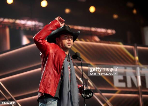 Singer Jason Aldean accepts the award for Entertainer of the Year onstage during the 52nd Academy Of Country Music Awards at TMobile Arena on April 2...