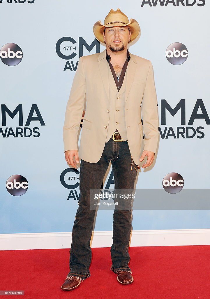 Singer Jason Aldean attends the 47th annual CMA Awards at the Bridgestone Arena on November 6, 2013 in Nashville, Tennessee.