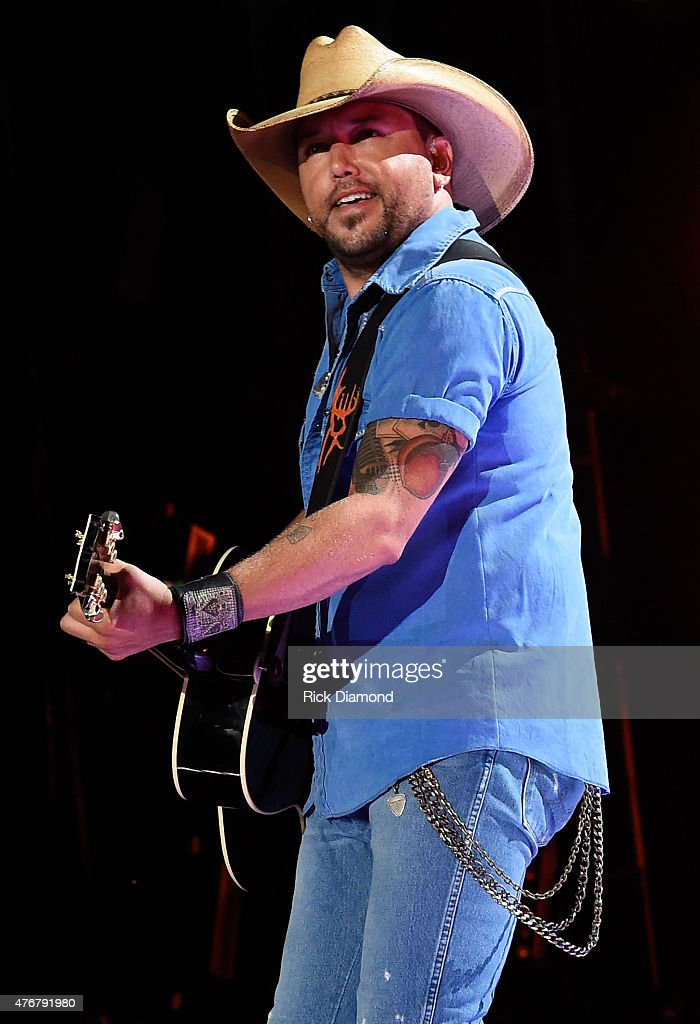 Singer <a gi-track='captionPersonalityLinkClicked' href=/galleries/search?phrase=Jason+Aldean&family=editorial&specificpeople=619221 ng-click='$event.stopPropagation()'>Jason Aldean</a> performs onstage during the 2015 CMA Festival on June 11, 2015 in Nashville, Tennessee.