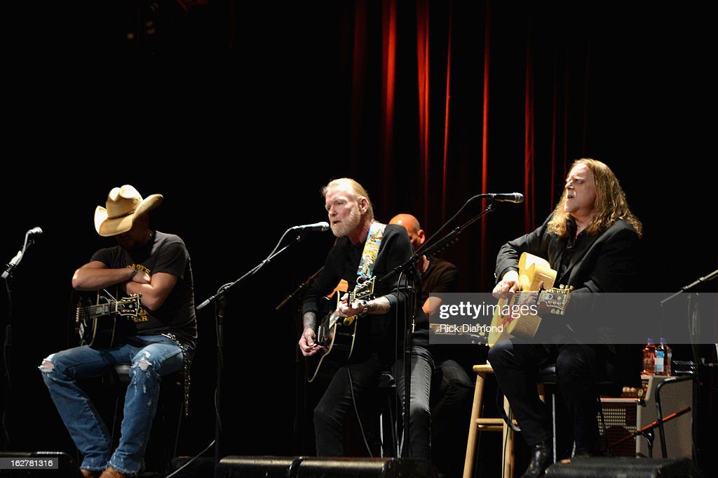 Singer Jason Aldean, singer Gregg Allman and guitarist Warren Haynes performs during the All For the Hall New York concert benefiting the Country Music Hall of Fame at Best Buy Theater on February 26, 2013 in New York City.