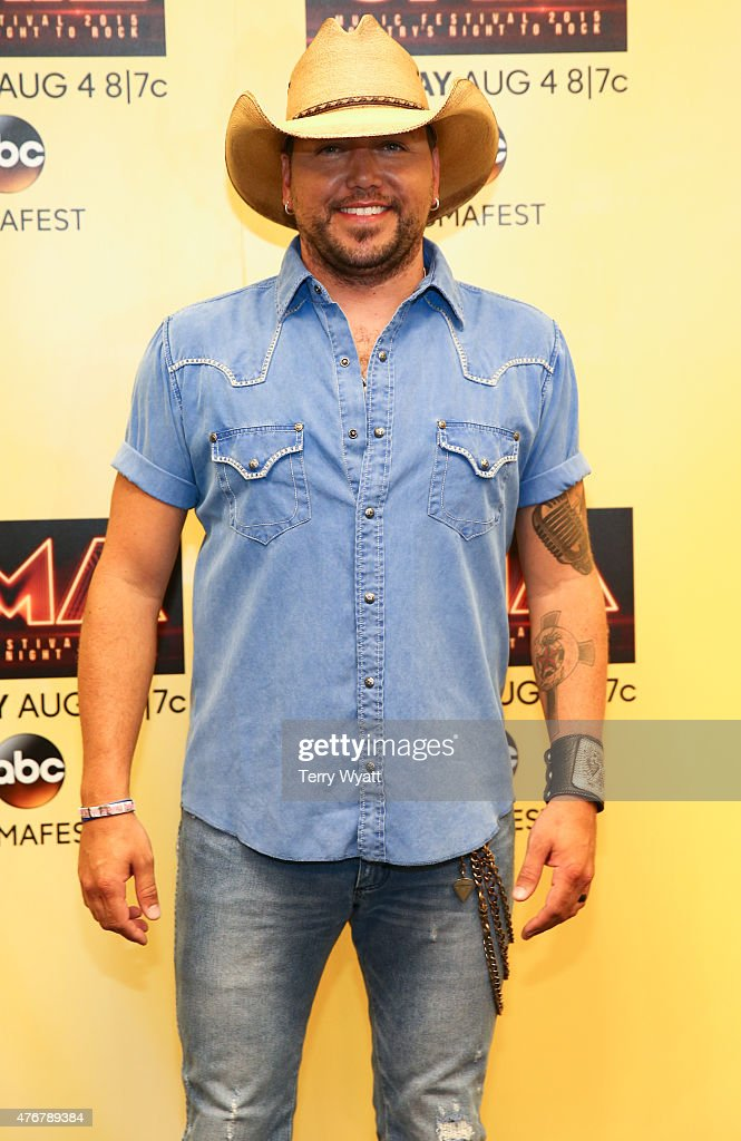 Singer <a gi-track='captionPersonalityLinkClicked' href=/galleries/search?phrase=Jason+Aldean&family=editorial&specificpeople=619221 ng-click='$event.stopPropagation()'>Jason Aldean</a> speaks at a pre-show press confrence at the 2015 CMA Festival on June 11, 2015 in Nashville, Tennessee.