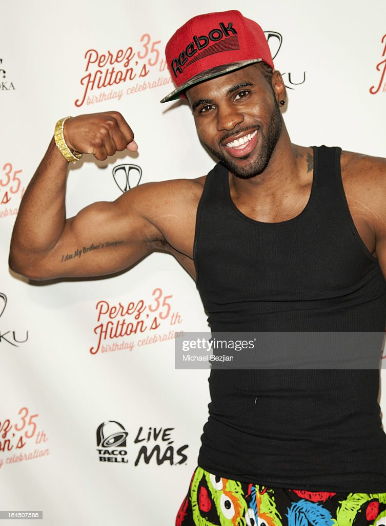 Singer <a gi-track='captionPersonalityLinkClicked' href=/galleries/search?phrase=Jason+Derulo&family=editorial&specificpeople=5745869 ng-click='$event.stopPropagation()'>Jason Derulo</a> arrives at Perez Hilton's 35th Birthday Party Extravaganza - Arrivals at El Rey Theatre on March 23, 2013 in Los Angeles, California.