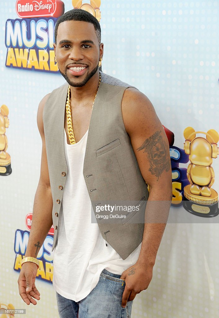 Singer <a gi-track='captionPersonalityLinkClicked' href=/galleries/search?phrase=Jason+Derulo&family=editorial&specificpeople=5745869 ng-click='$event.stopPropagation()'>Jason Derulo</a> arrives at the 2013 Radio Disney Music Awards at Nokia Theatre L.A. Live on April 27, 2013 in Los Angeles, California.