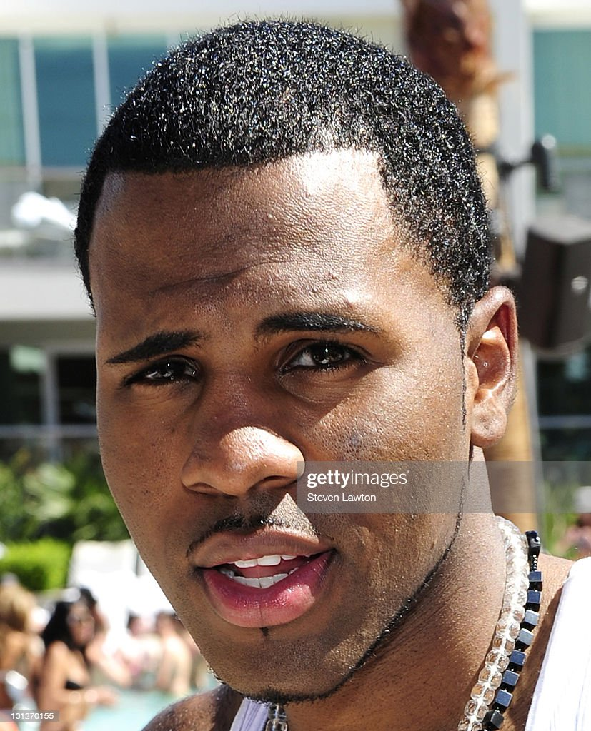 Singer Jason Derulo attends 2nd annual 'Love Festival' at The Palms Casino Resort on May 29, 2010 in Las Vegas, Nevada.
