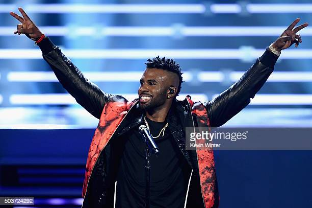 Singer Jason Derulo performs onstage during the People's Choice Awards 2016 at Microsoft Theater on January 6 2016 in Los Angeles California