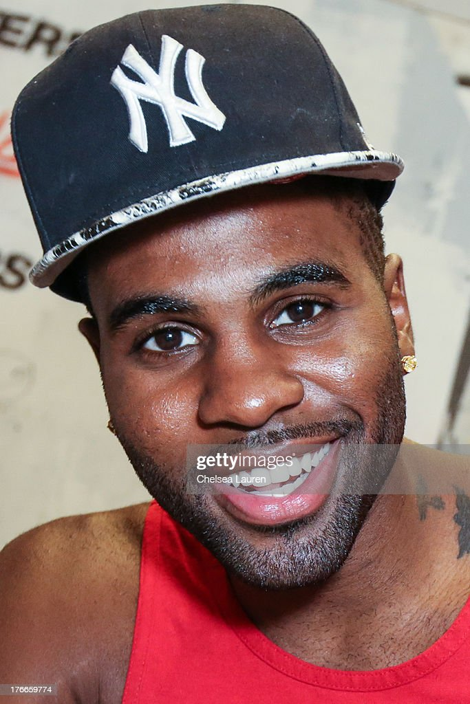 Singer <a gi-track='captionPersonalityLinkClicked' href=/galleries/search?phrase=Jason+Derulo&family=editorial&specificpeople=5745869 ng-click='$event.stopPropagation()'>Jason Derulo</a> poses backstage before his summer sessions performance at Warner Bros. Records Boutique Store on August 16, 2013 in Burbank, California.