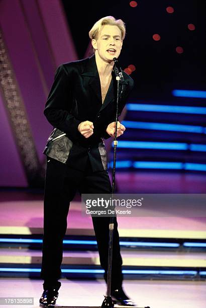 Singer Jason Donovan performs during Miss World competition at the Pallaldium on November 8 1990 in London England