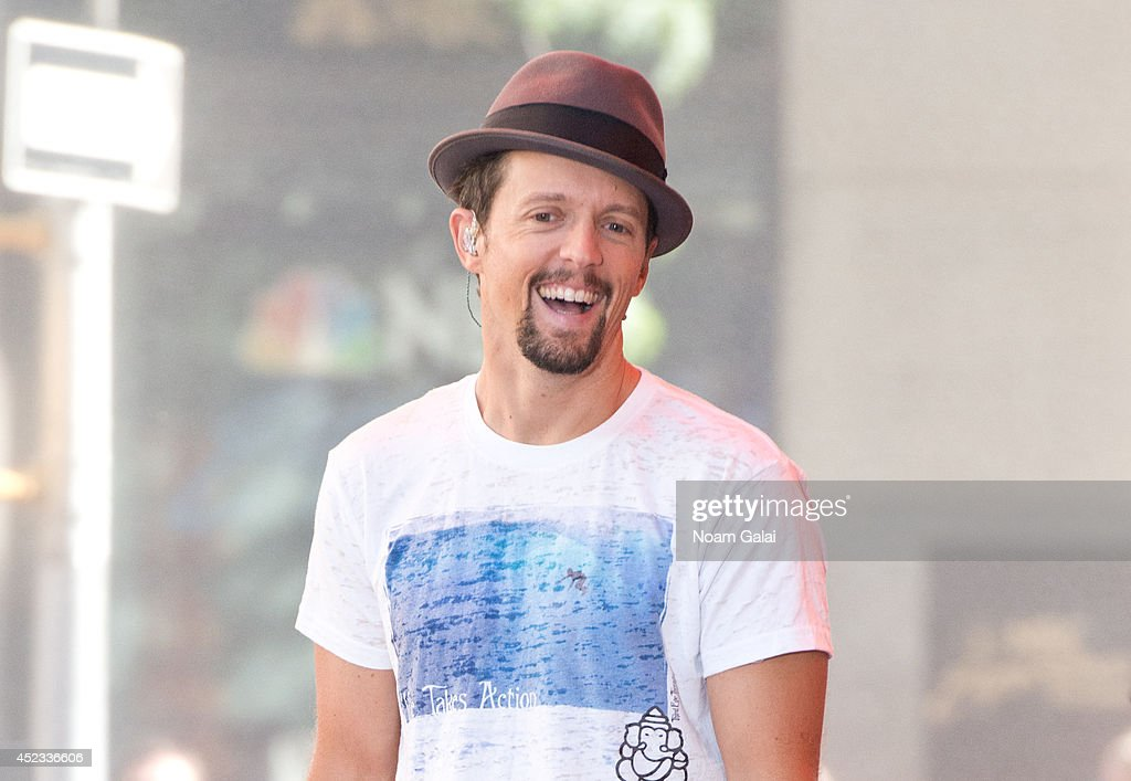 Singer Jason Mraz performs on NBC's 'Today' at Rockefeller Plaza on July 18 2014 in New York New York