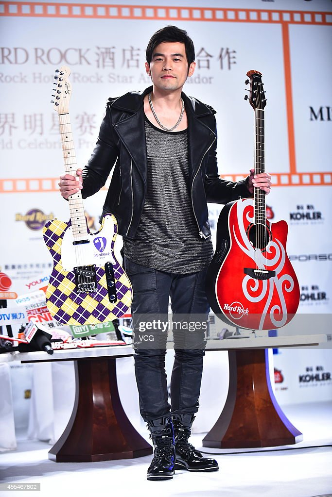 Singer <a gi-track='captionPersonalityLinkClicked' href=/galleries/search?phrase=Jay+Chou&family=editorial&specificpeople=697028 ng-click='$event.stopPropagation()'>Jay Chou</a> attends activity of 2014 Mission Hills World Celebrity Pro-Am on September 14, 2014 in Shanghai, China.
