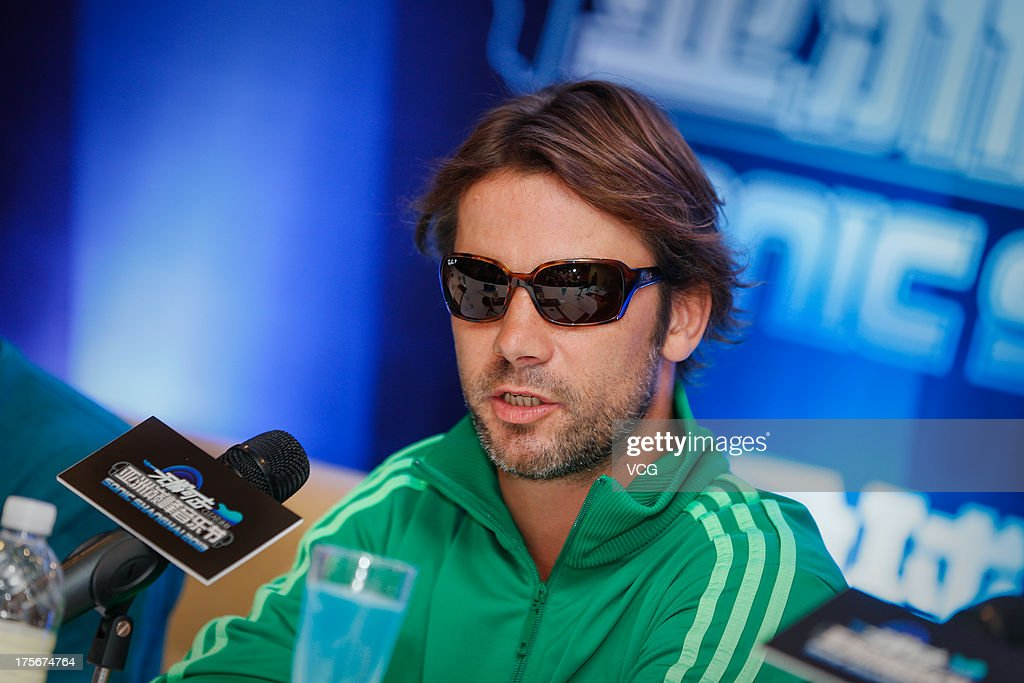 Singer <a gi-track='captionPersonalityLinkClicked' href=/galleries/search?phrase=Jay+Kay&family=editorial&specificpeople=202140 ng-click='$event.stopPropagation()'>Jay Kay</a> of Jamiroquai attends a press conference prior to their concert at Nikko Hotel on August 6, 2013 in Shanghai, China.