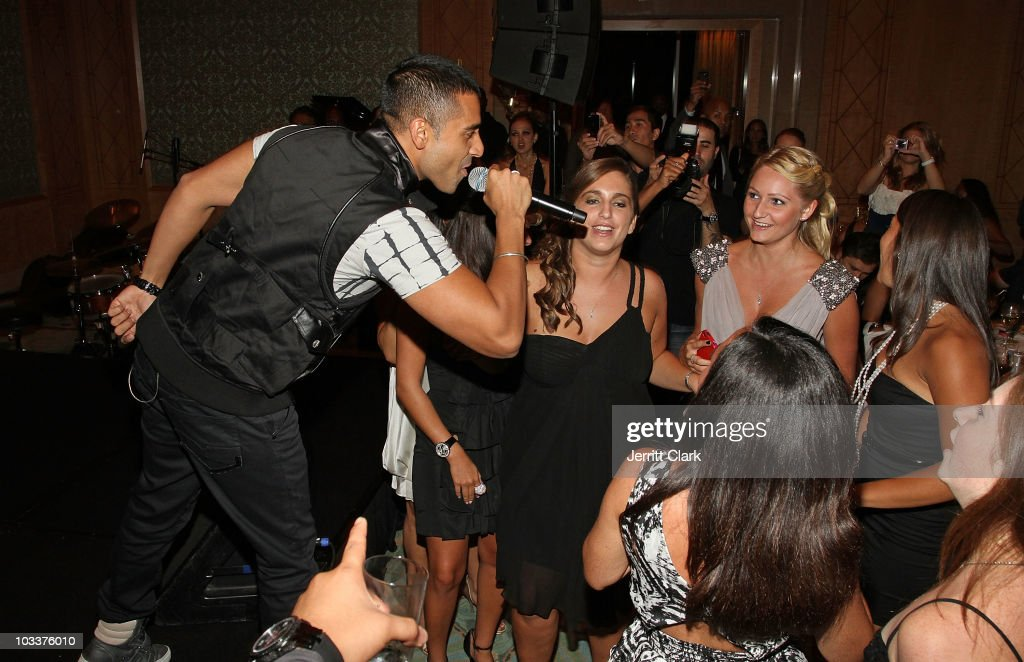 Singer <a gi-track='captionPersonalityLinkClicked' href=/galleries/search?phrase=Jay+Sean&family=editorial&specificpeople=215091 ng-click='$event.stopPropagation()'>Jay Sean</a> performs at the Create A Future Benefit at Ritz Carlton Battery Park on August 12, 2010 in New York City.