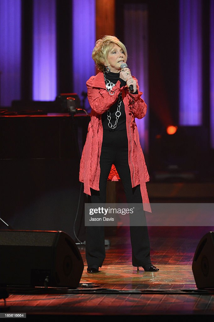 Singer Jeannie Seely performs during the 5th annual Opry Goes Pink show at The Grand Ole Opry on October 22, 2013 in Nashville, Tennessee.