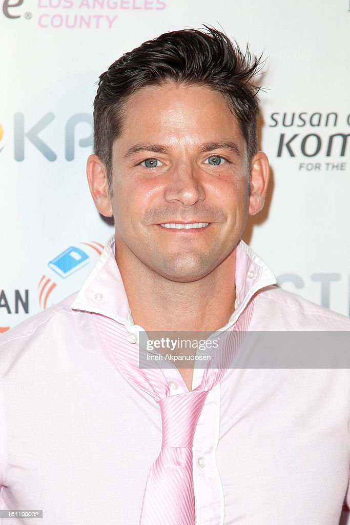 Singer <a gi-track='captionPersonalityLinkClicked' href=/galleries/search?phrase=Jeff+Timmons&family=editorial&specificpeople=994981 ng-click='$event.stopPropagation()'>Jeff Timmons</a> attends the 2nd Annual Designs For The Cure Gala at Millennium Biltmore Hotel on October 13, 2012 in Los Angeles, California.