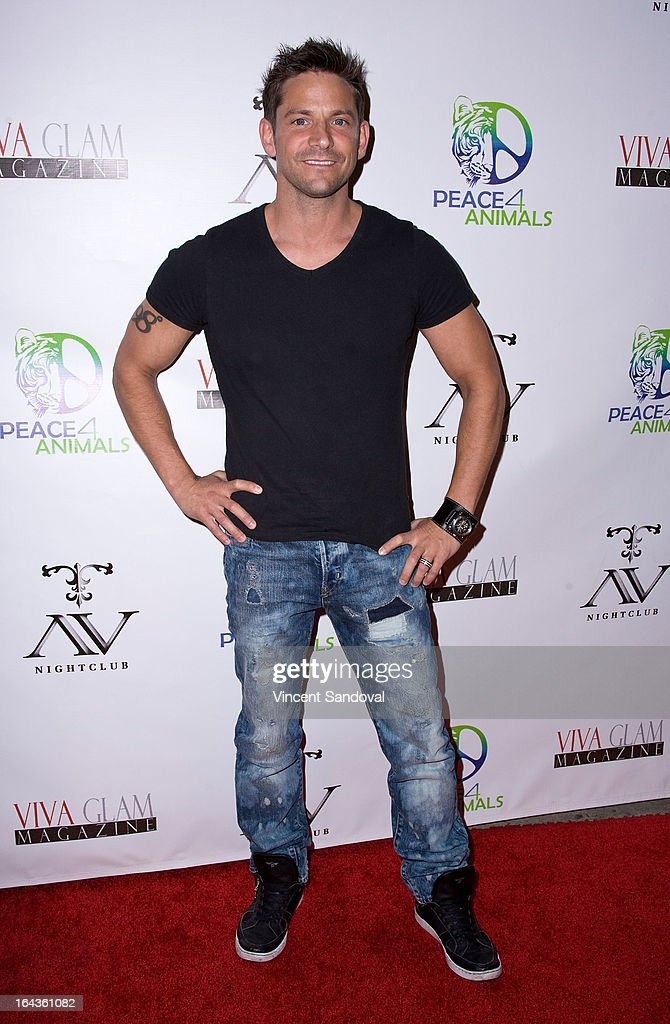 Singer <a gi-track='captionPersonalityLinkClicked' href=/galleries/search?phrase=Jeff+Timmons&family=editorial&specificpeople=994981 ng-click='$event.stopPropagation()'>Jeff Timmons</a> attends the Viva Glam Magazine April launch party in support of Peace 4 Animals at AV on March 22, 2013 in Hollywood, California.