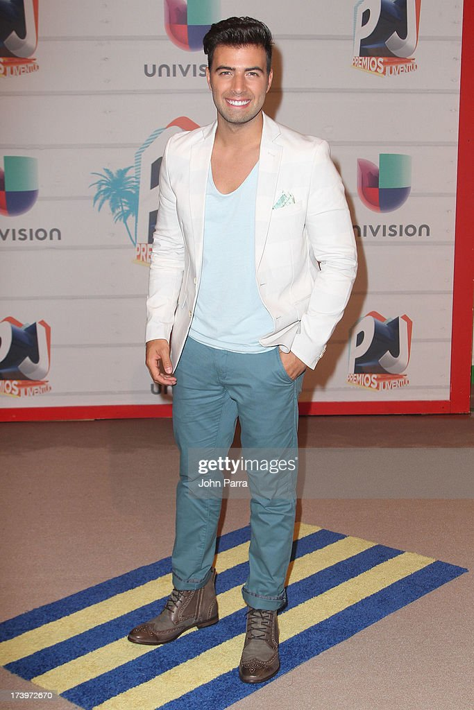 Singer Jencarlos Canela attends the Premios Juventud 2013 at Bank United Center on July 18, 2013 in Miami, Florida.