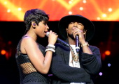 Singer Jennifer Hudson and recording artist NeYo perform onstage at the Mary J Blige Trey Songz And Jennifer Hudson Concert Presented By Kingcom...