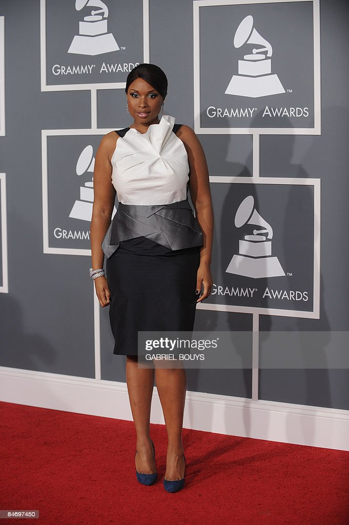Singer Jennifer Hudson arrives at the 51st Annual Grammy Awards, at the Staples Center in Los Angeles, on February 8, 2009. Hudson won for Best R&B Album. AFP PHOTO GABRIEL BOUYS