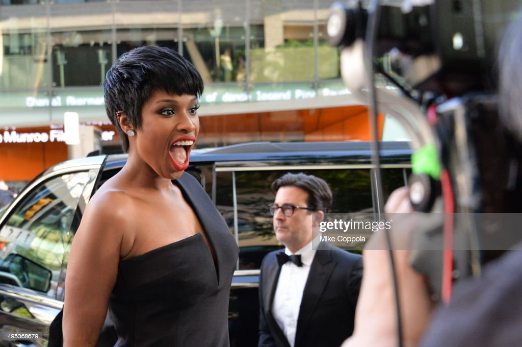 Singer Jennifer Hudson attends the 2014 CFDA Fashion Awards at Alice Tully Hall, Lincoln Center on June 2, 2014 in New York City.