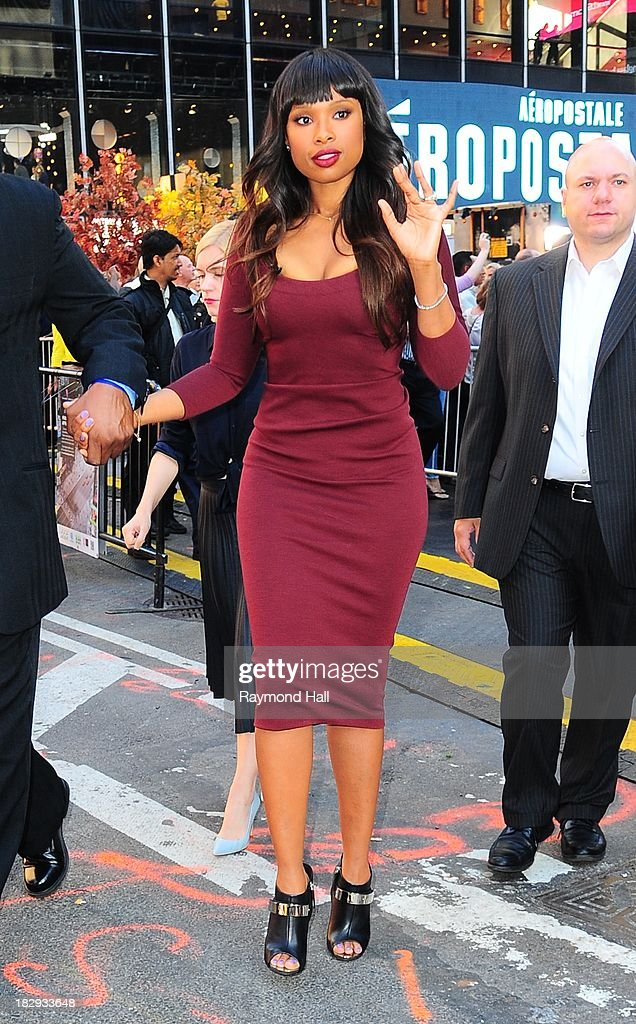 Singer <a gi-track='captionPersonalityLinkClicked' href=/galleries/search?phrase=Jennifer+Hudson&family=editorial&specificpeople=234833 ng-click='$event.stopPropagation()'>Jennifer Hudson</a> is seen outside 'Good Morning America' on October 2, 2013 in New York City.