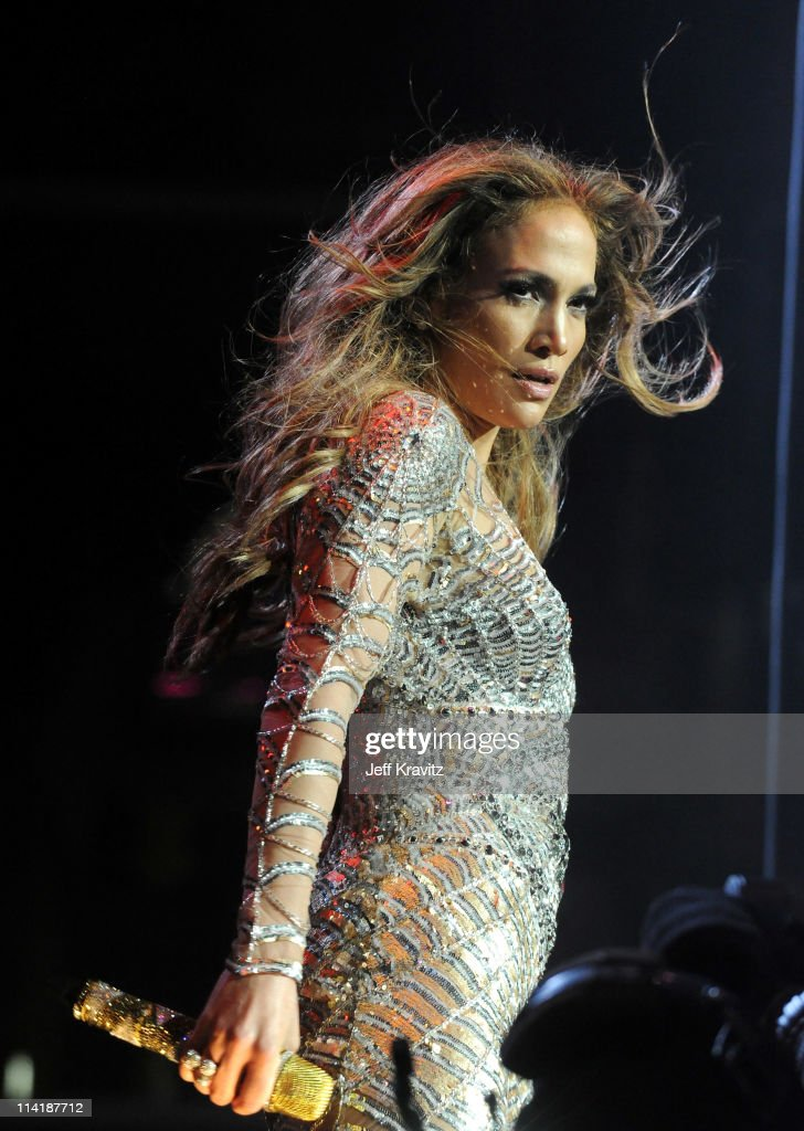 Singer <a gi-track='captionPersonalityLinkClicked' href=/galleries/search?phrase=Jennifer+Lopez&family=editorial&specificpeople=201784 ng-click='$event.stopPropagation()'>Jennifer Lopez</a> performs at 102.7 KIIS FM's Wango Tango 2011 Concert at Staples Center on May 14, 2011 in Los Angeles, California.