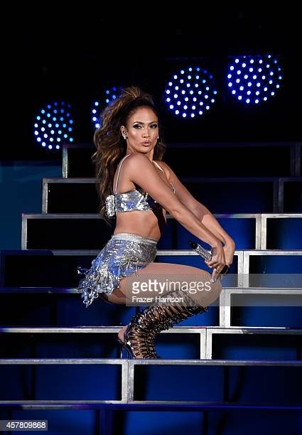 Singer Jennifer Lopez performs onstage during CBS Radio's We Can Survive at the Hollywood Bowl on October 24 2014 in Los Angeles California