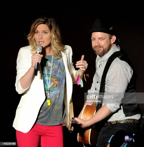 Singer Jennifer Nettles and musician Kristian Bush of Sugarland perform at the Greek Theatre on May 22 2012 in Los Angeles California