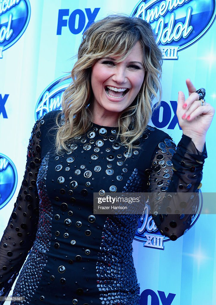 Singer Jennifer Nettles arrives at Fox's 'American Idol' XIII Finale at Nokia Theatre L.A. Live on May 21, 2014 in Los Angeles, California.