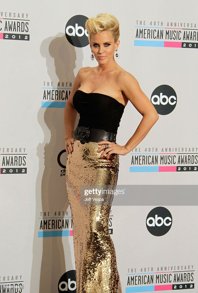 Singer Jenny McCarthy poses in the press room at the 40th Anniversary American Music Awards held at Nokia Theatre L.A. Live on November 18, 2012 in Los Angeles, California.