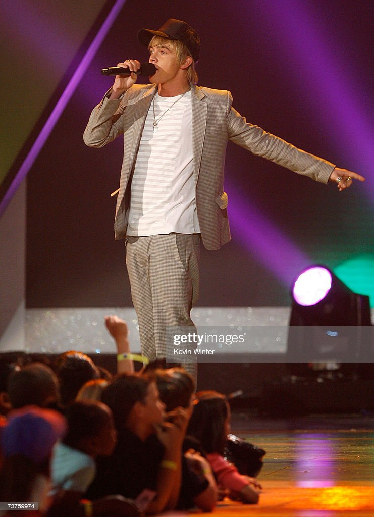 Singer Jesse McCartney performs onstage during the 20th Annual Kid's Choice Awards held at the UCLA Pauley Pavilion on March 31 2007 in Westwood...